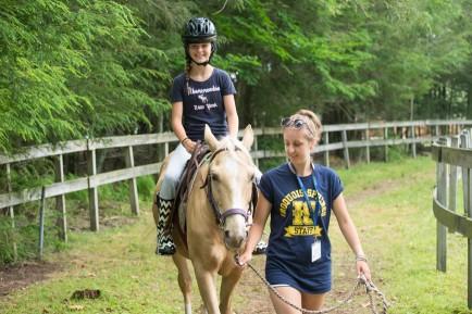 counselor-girl-horseback-lead
