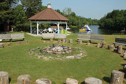 lake-campfire